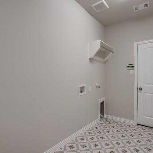 Plan 1522 Laundry Room Representative Image