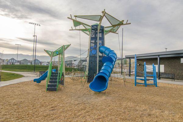 022 Playground