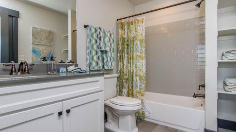 019 Suite Bath