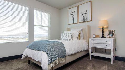 017 Bedroom Suite