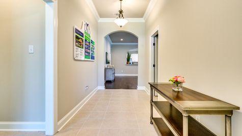 DSLD Homes - Sycamore II A Open Floorplan - Entryway Image