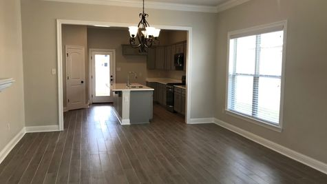 Dining Room - Silver Oaks Community - DSLD Homes Gonzales
