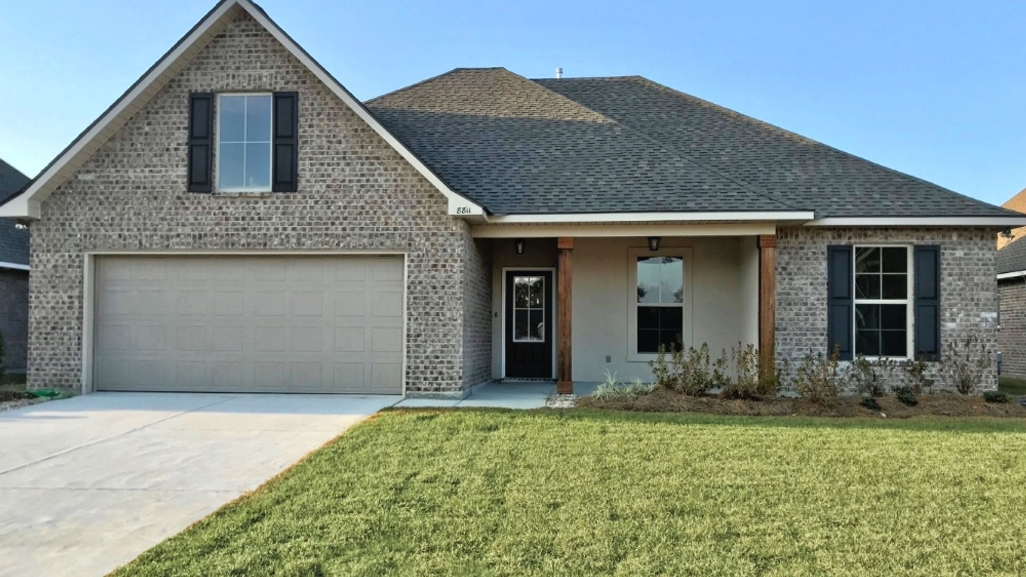 Front View - Rennes IV A - Nickens Lake Community - DSLD Homes Denham Springs