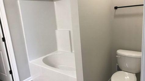 BROOKDALE III A Elevation- Master Bathroom - BELLE SAVANNE  Community - DSLD Homes - SULPHUR,LA