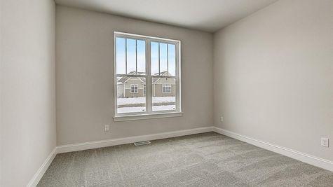 1390 Overlook Circle bedroom - Halen Homes