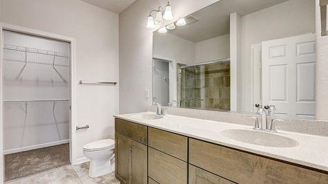 7615 W Park Circle Way - Owner's Bath