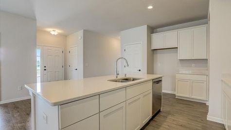 The Breckenridge Kitchen W142N11283 Wrenwood Pass, Germantown WI