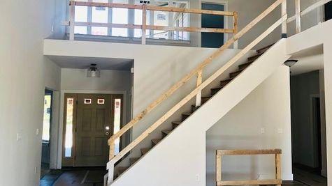 1207 E Sweetbriar Ln entry way - Halen Homes