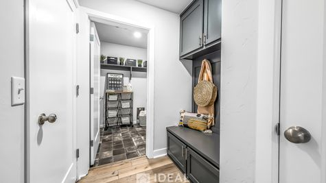 Fitzgerald Mud Bench and Laundry Room