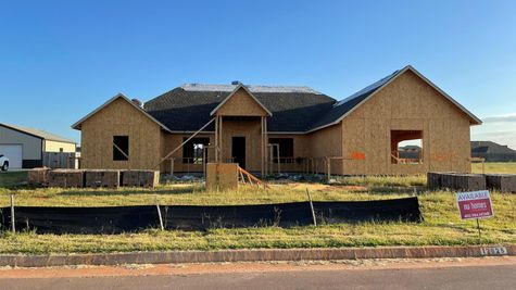 Oklahoma Home Builder, Yukon Home for Sale, Mustang School District, Large Lot in Yukon