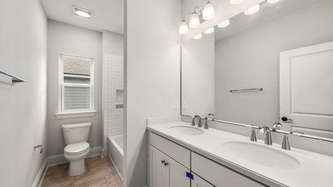 CO272 Hancock Bathroom 2