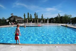Summer fun at the pool, one of 4 in Stonebridge!